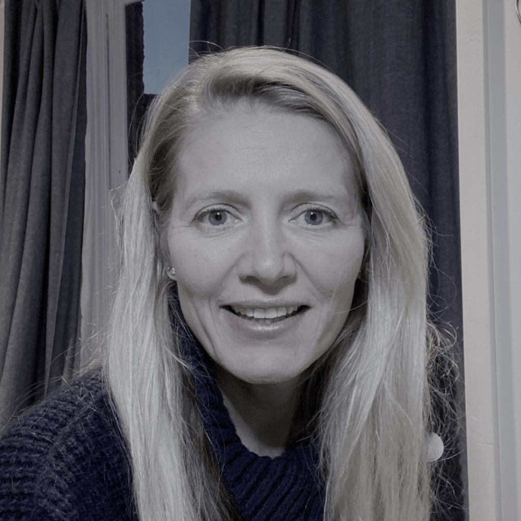 Image of Elizabeth Cowper on the International Women's Day HR Heads blog